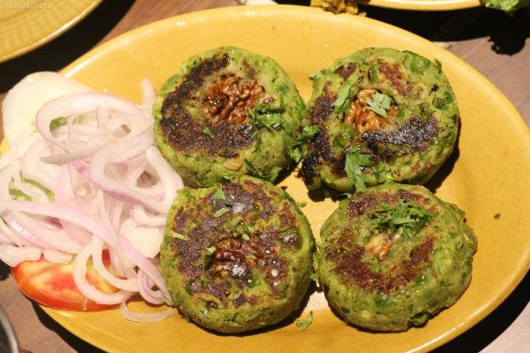 mutter-aur-cheese-ka-tikka-khiva-viman-nagar